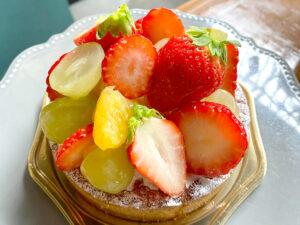 トロン特製ケーキ